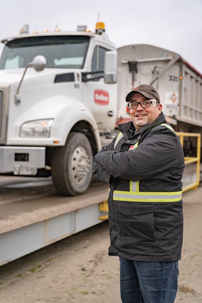 Dan - camionneur
